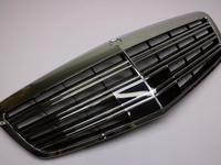 Решетка радиатора S Class w221 s63 s65 за 80 000 тг. в Алматы
