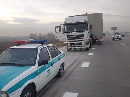 Перевозка спец техники, крупногабаритных и тяжеловесных грузов в Алматы
