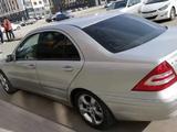 Mercedes-Benz C 320 2004 года за 3 800 000 тг. в Нур-Султан (Астана) – фото 3