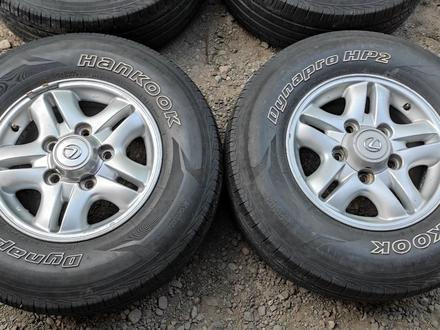 Комплект дисков с шинами 265/70/16 hankook за 85 000 тг. в Алматы – фото 3