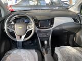 Chevrolet Tracker 2021 года за 7 790 000 тг. в Шымкент – фото 2