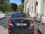 Hyundai Accent 2012 года за 3 800 000 тг. в Атырау – фото 2