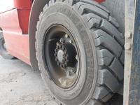 Шины для вилочного погрузчика 7.00-12 за 65 900 тг. в Актау