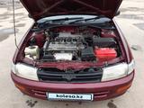 Toyota Carina 1996 года за 1 750 000 тг. в Семей – фото 2