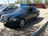 Mercedes-Benz C 180 1994 года за 1 850 000 тг. в Павлодар – фото 2