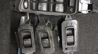 Кнопки стеклоподъемников на Subaru BL за 1 111 тг. в Алматы