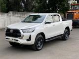 Toyota Hilux 2021 года за 22 800 000 тг. в Алматы – фото 2