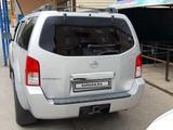 Nissan Pathfinder 2005 года за 7 100 000 тг. в Актобе – фото 3