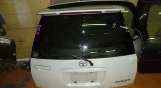 Крышка багажника Toyota RAUM за 777 тг. в Алматы