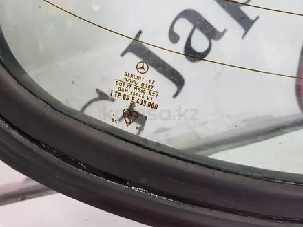 Задние стекло на Mercedes-Benz w123 E за 46 546 тг. в Владивосток – фото 5