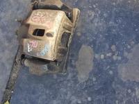 Суппорт тормозной передний левый на Лексус RX 330 за 10 000 тг. в Караганда