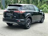 Toyota RAV 4 2018 года за 11 650 000 тг. в Алматы – фото 5