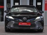 Toyota Camry 2018 года за 13 000 000 тг. в Шымкент – фото 2