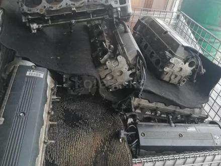 ГБЦ. Головка двигателя тойота превия 2.4. ГБЦ. в Алматы