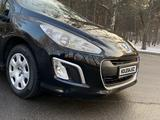 Peugeot 308 2012 года за 2 900 000 тг. в Алматы – фото 2