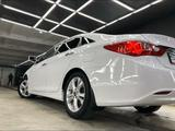 Hyundai Sonata 2012 года за 5 800 000 тг. в Жанаозен – фото 4