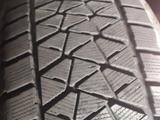 Шины зимние липучки за 200 000 тг. в Актау – фото 2