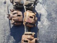 Суппорт передний правый за 12 000 тг. в Караганда