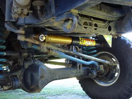 Рулевой демпфер с регулировкой жесткости для Toyota Land Cruiser 80 за 27 600 тг. в Алматы – фото 3