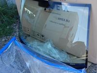 Стекло лобовое VW Amarok 10-15 NEW Оригинал за 85 000 тг. в Алматы