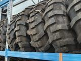Шины для экскаватора 16.9-28 за 125 000 тг. в Алматы