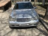 Mercedes-Benz C 320 2001 года за 2 800 000 тг. в Алматы – фото 2