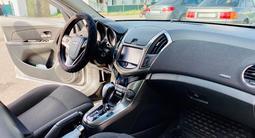 Chevrolet Cruze 2012 года за 3 700 000 тг. в Караганда – фото 2