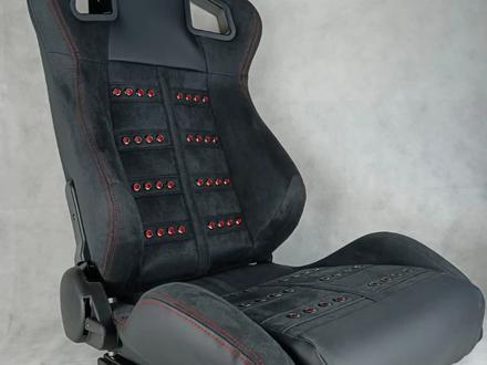 Универсальные передние спорт-сиденья за 120 000 тг. в Актобе