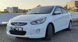 Hyundai Solaris 2012 года за 3 500 000 тг. в Усть-Каменогорск – фото 2
