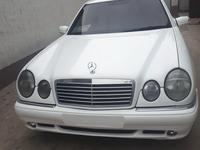 Mercedes-Benz E 320 1998 года за 3 000 000 тг. в Алматы