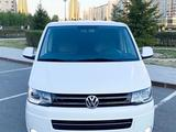 Volkswagen Multivan 2012 года за 10 800 000 тг. в Нур-Султан (Астана) – фото 2