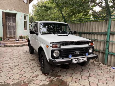 ВАЗ (Lada) 2121 Нива 2010 года за 1 600 000 тг. в Алматы – фото 2