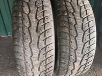 215/55/17 пара баллонов резина шины за 18 000 тг. в Алматы