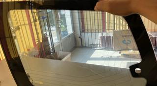 Стекло боковое Прадо на багажник правое за 55 000 тг. в Шымкент