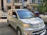 Toyota Noah 2006 года за 2 500 000 тг. в Алматы – фото 2