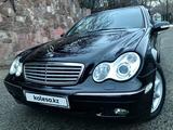 Mercedes-Benz C 320 2002 года за 3 750 000 тг. в Алматы – фото 3