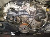 Контрактный двигатель Subaru Outback ej25 2. 5 литра 8v за 280 000 тг. в Семей