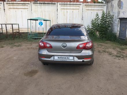 Volkswagen Passat CC 2010 года за 4 100 000 тг. в Уральск – фото 4