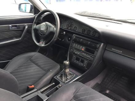 Audi A6 1996 года за 2 600 000 тг. в Уральск – фото 5