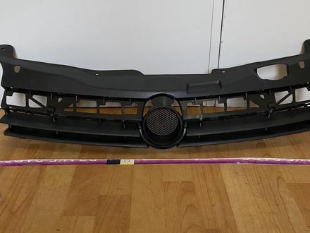 Решетка радиатора за 9 000 тг. в Алматы
