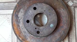 Диск тормозной передний на Toyota Camry 30, v2.4, 2azfe (2006… за 8 000 тг. в Караганда