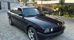 BMW 525 1990 года за 1 400 000 тг. в Алматы – фото 2