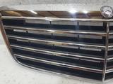 Решетка капота на Mercedes-Benz W211 за 86 733 тг. в Владивосток – фото 2