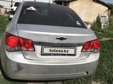 Chevrolet Cruze 2011 года за 3 000 000 тг. в Усть-Каменогорск – фото 4
