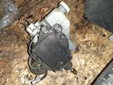 Электронный вакуум тормозной цилиндр Mitsubishi Pajero 3 mr527590 за 130 000 тг. в Семей