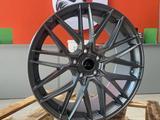 Комплект разношироких дисков Vorsteiner для BMW R19 за 340 000 тг. в Алматы