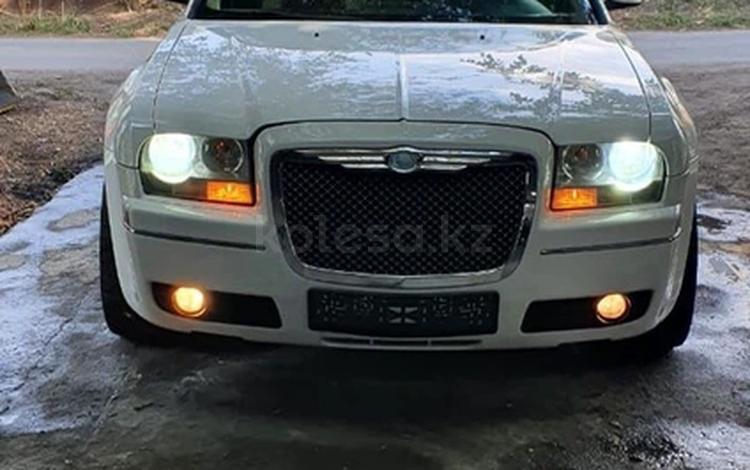 Chrysler 300C 2005 года за 3 500 000 тг. в Алматы