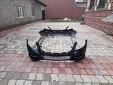 Комплект переднего и заднего бамперов с накладками на пороги W222 за 1 000 тг. в Алматы