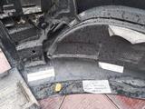 Комплект переднего и заднего бамперов с накладками на пороги W222 за 1 000 тг. в Алматы – фото 4
