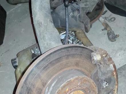 Тормозные диски передние на АУДИ А4 за 4 000 тг. в Усть-Каменогорск
